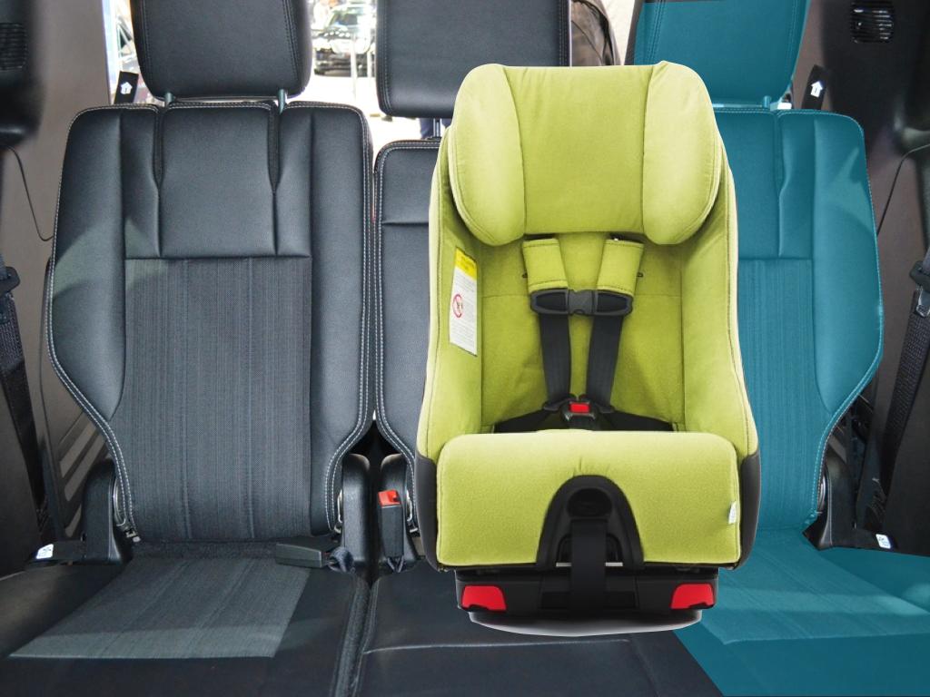 Dodge caravan minivan seating