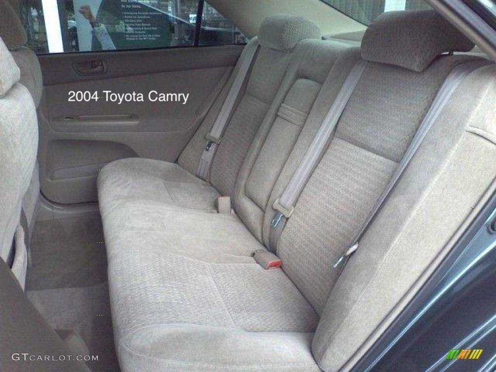 2000 toyota avalon back seat fold down